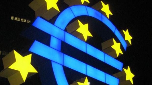 Erik Holm: Euroens – og Europas – nedtur