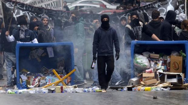 Dansk arbejdsmarked i 2013: Arbejdsløsheden udløser ungdomsoprør