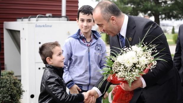 Haradinaj: Forbryder i jakkesæt eller Kosovos frihedshelt?