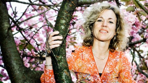 Anja C. Andersen: Jeg tror, at vi som mennesker har behov for noget, der er større end os selv