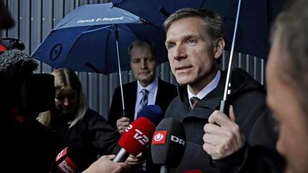 Morten Helveg i RÆSONs Kommentarserie: Thulesen Dahl ydmyger Løkke over EU