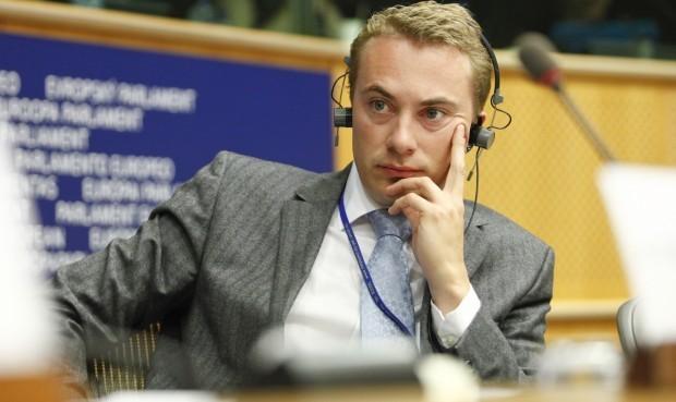 Morten Messerschmidt: EU-tilhængerne dyrker fortiden. Morten Helveg må hygge sig med minderne