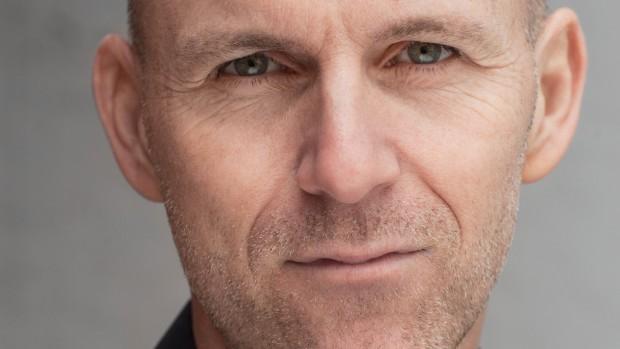 Niels Christian Barkholt: Fallit. Bureaukratiet har ødelagt det sociale system