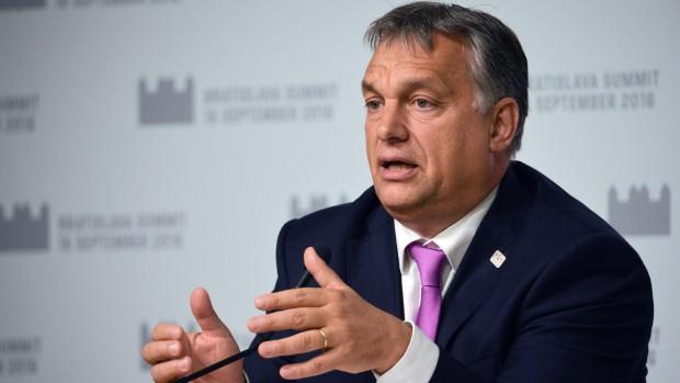 Daniel Fabricius: Ungarns befolkning bør stemme nej til EUs virkelighedsfjerne flygtningekvoter