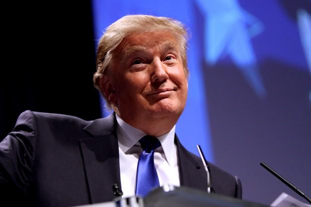 I valget, hvor alt var tilladt: Hvorfor vil Trumps snak om at befamle kvinder vælte ham?