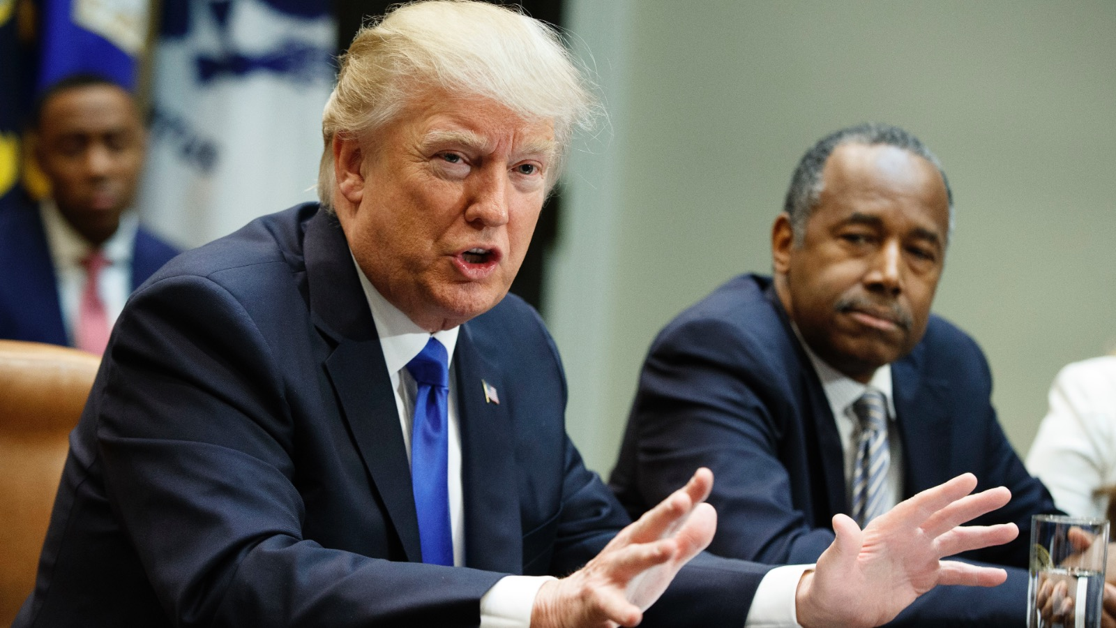 """PODCAST: Trumps USA #4 – """"Trumps folk vil brænde den eksisterende orden ned til grunden, så en ny kan bygges op"""""""