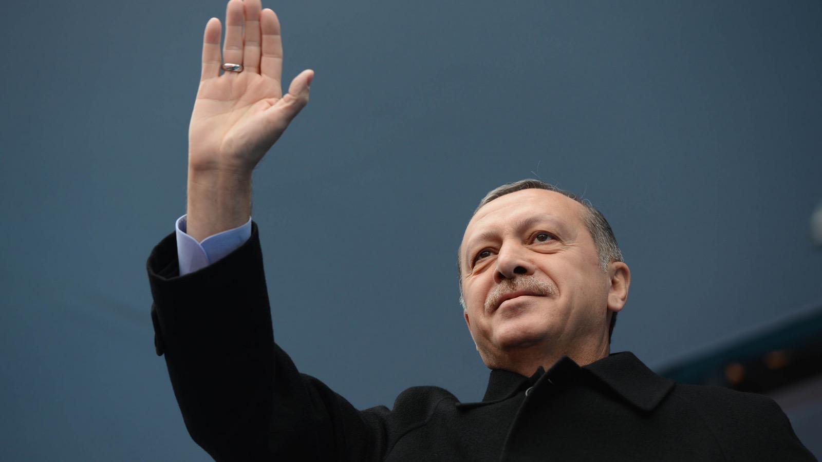 Forfatningsændring i undtagelsestilstand: Vil Erdogan acceptere et 'nej'?