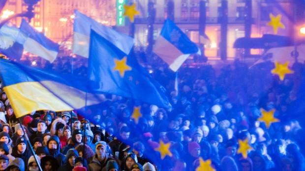 ER VESTEN ITU? Klaus Rothstein: Man kan ikke blive ved med at sige, at europæiske værdier er vigtige og så føre en politik, der er i modstrid med de værdier