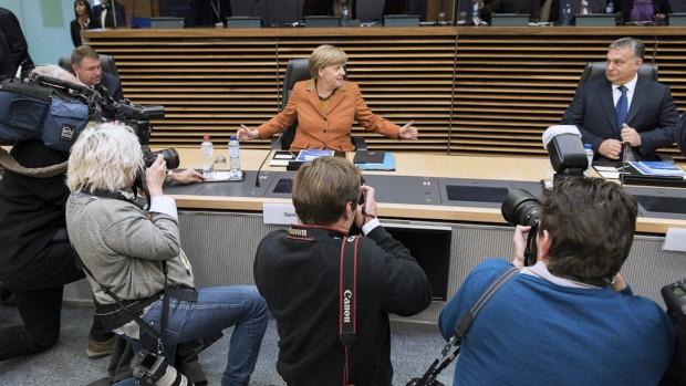 Østeuropa afviser presset fra Merkel og Macron: Flygtningespørgsmålet kan sønderrive EU