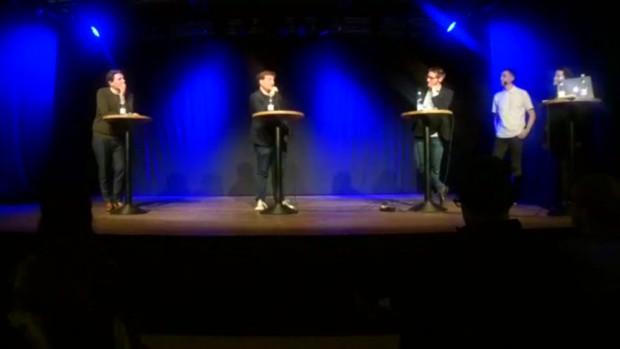 """RÆSON LIVE i Aarhus: Mikkel Andersson (RokokoPosten), Mads Fuglede (MF, V) og Andreas Mulvad (""""Tæm Eliten"""") var på scenen til premieren"""