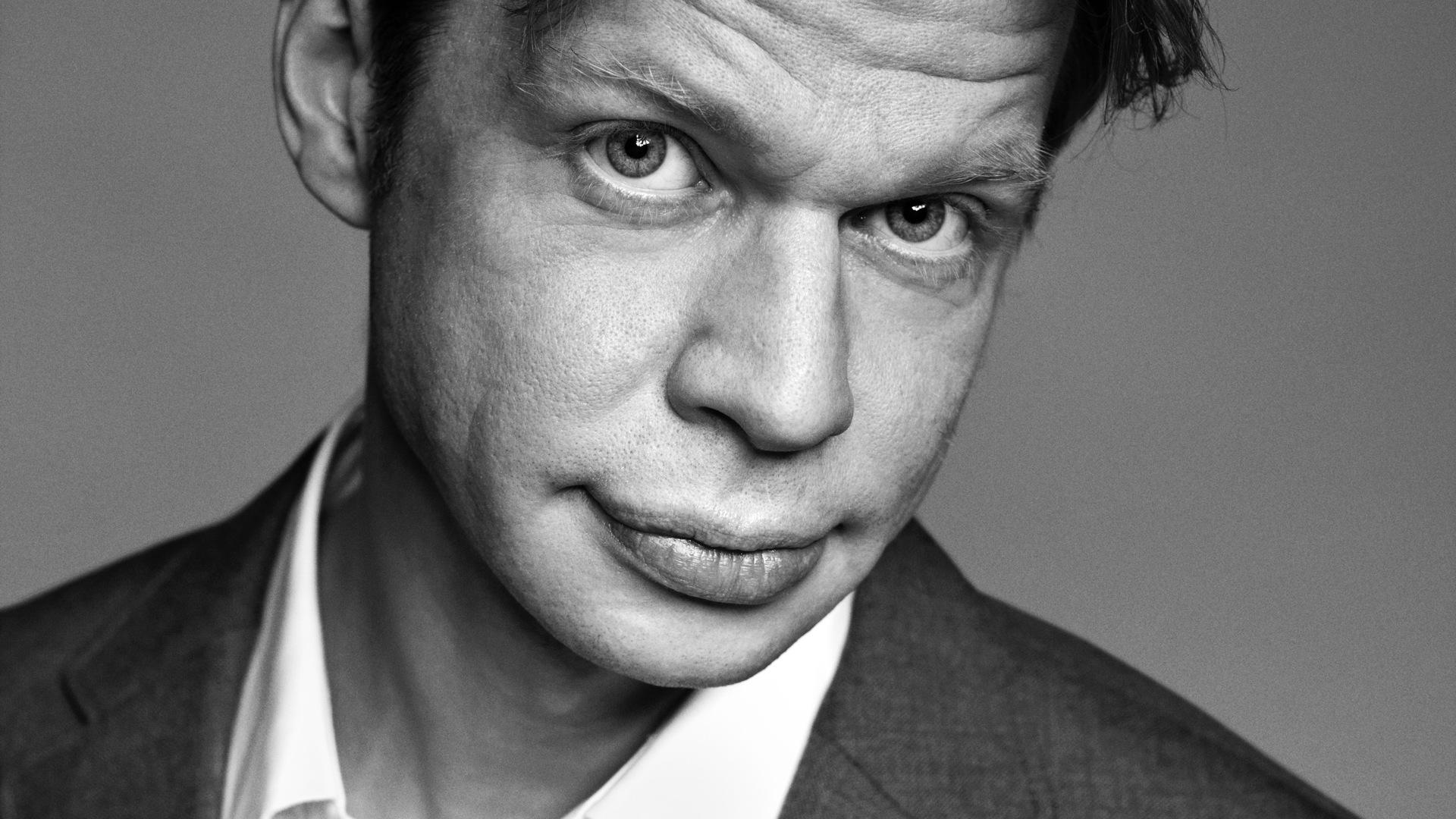 RÆSON LIVE mandag 3/12 (Aarhus): Clement Kjersgaard: Kan nogen redde medierne?
