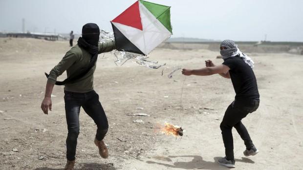 Drager, droner og spillet om palæstinensernes fremtid / Af Hans Henrik Fafner
