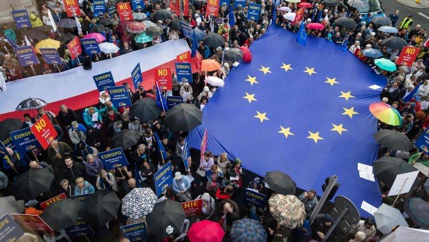 Ota Tiefenböck: Derfor får EU særdeles svært ved at banke Polen på plads
