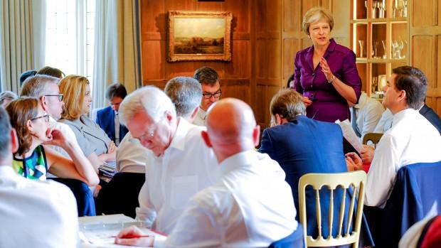 Jens Peter-Bonde: Theresa Mays plan gør Storbritannien til en koloni under Bruxelles' kontrol
