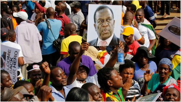 Anne Kirstine Rønn om mandagens valg i Zimbabwe: Præsidenten bliver ny. Men forbliver systemet det samme?