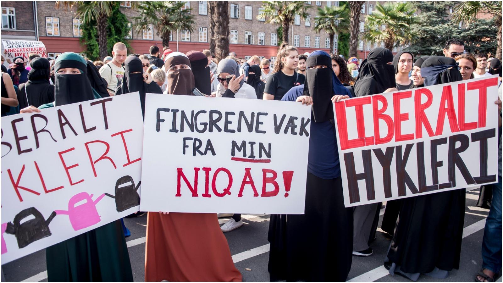 Alexander Grandt (S) om burkaforbuddet: Hvorfor demonstrerer venstrefløjen sammen med yderliggående islamister?