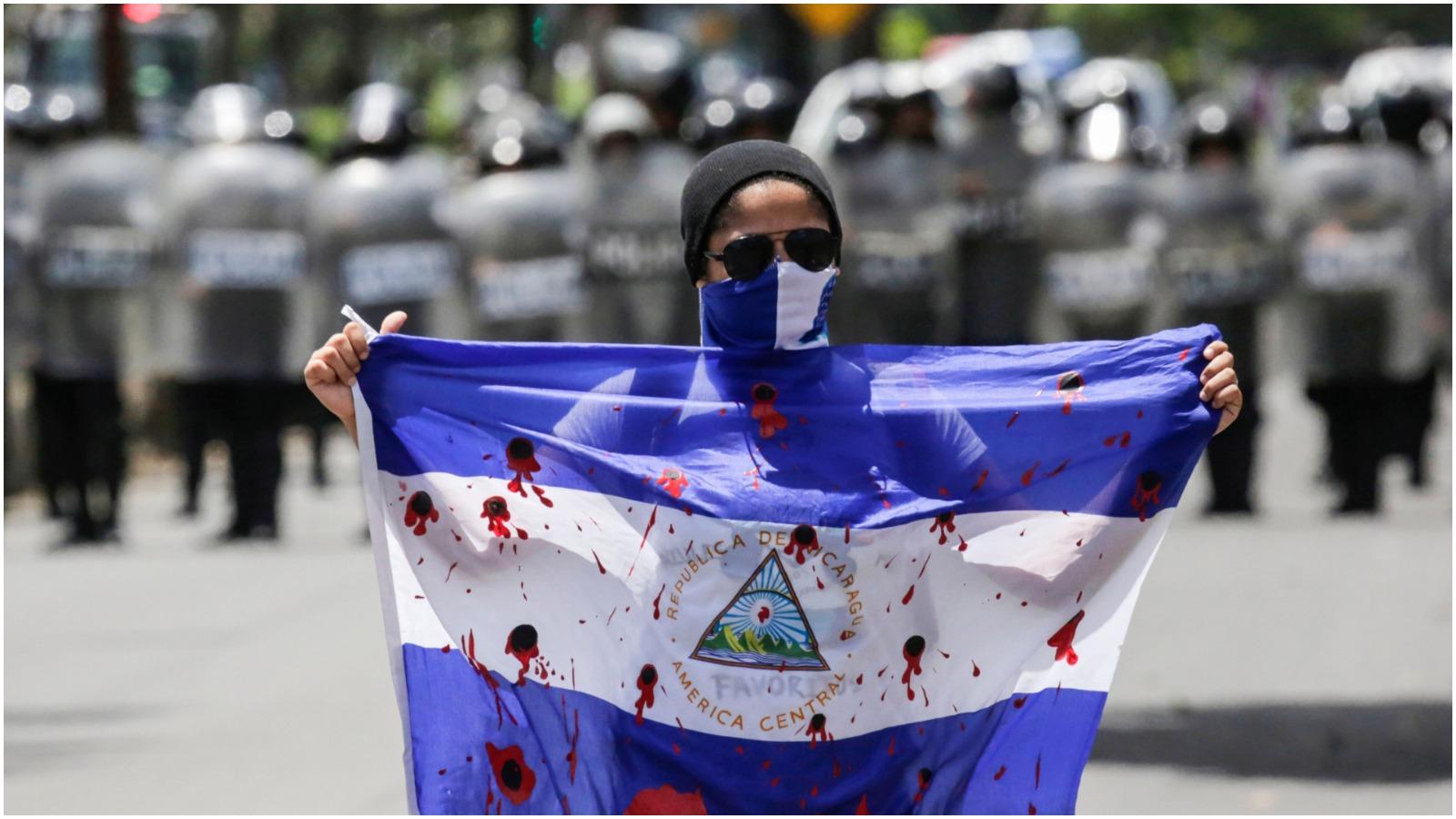 Jonas Stengaard Jensen: Den nicaraguanske frihedshelt Daniel Ortega har levet længe nok til at se sig selv blive tyrannen i en blodig katastrofe