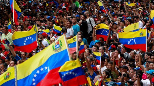 Maiken Gelardi: Skal Guaidó være Venezuelas nye leder, bare fordi USA siger det? Meget tyder på, at landet befinder sig i en blindgyde