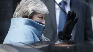 Storbritannien nærmer sig Brexit som en slingrende campingvogn alt for tæt på klippekanten. <font color=00008>Anne Sofie Allarp om britiske dødssynder</font color=00008>