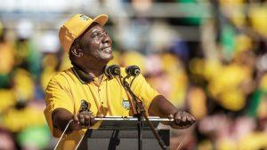<font color=00008>Stig Jensen:</font color=00008> Ramaphosa vil efter sin valgsejr genrejse Sydafrika, men regnbuenationen er politisk og økonomisk i knæ