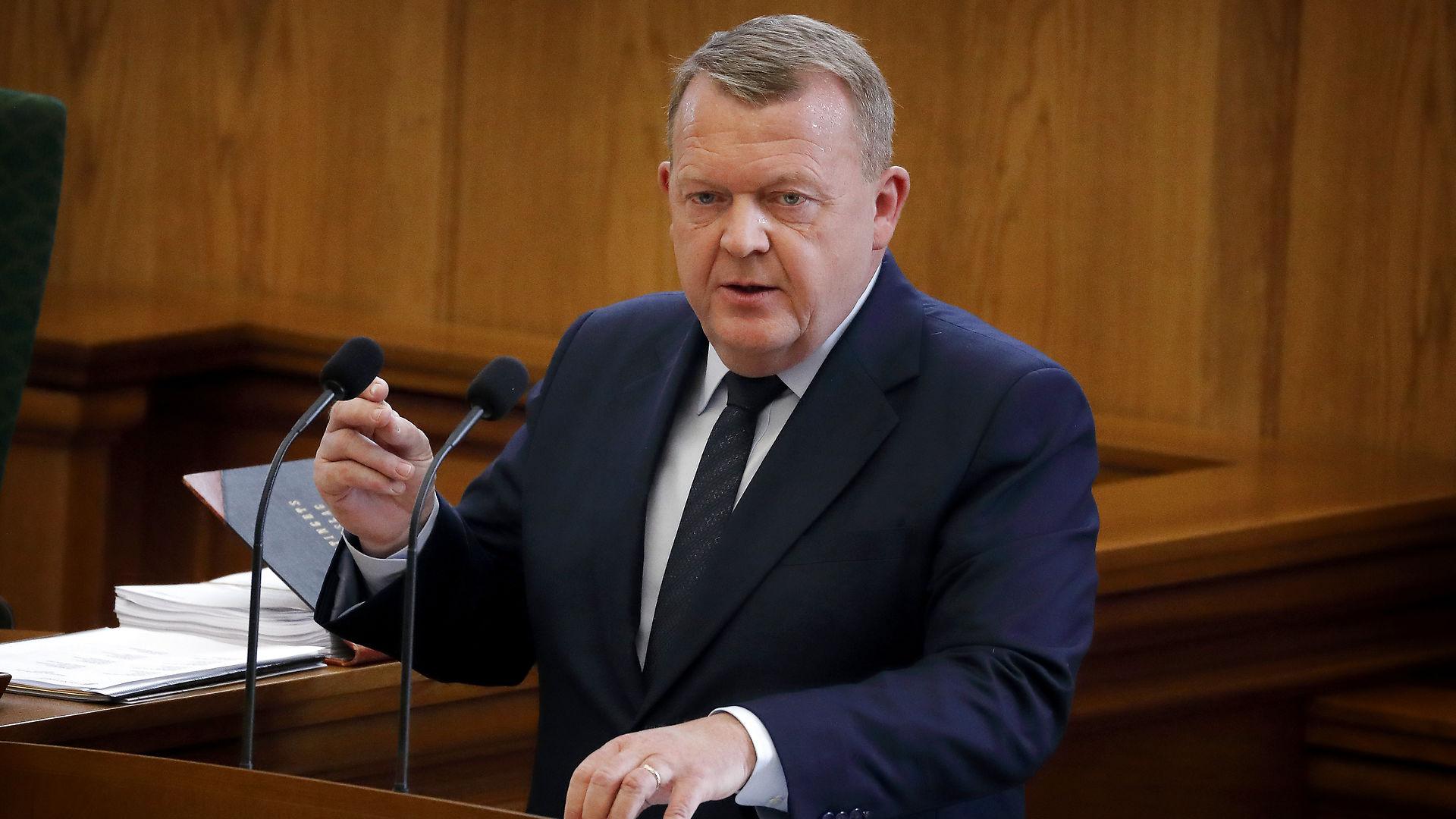 Kasper Elbjørn: Den negative parlamentarisme kan blive Løkkes redning. For vil rød blok vælte ham med Stram Kurs' hjælp?
