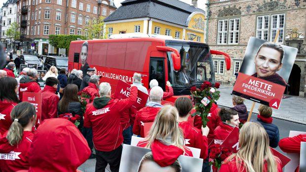 Helene Bagge Grimstrup: Valgkampens politiske kampagner bevæger sig fra politisk intuition til kunstig intelligens – og dine data på sociale medier gør det muligt
