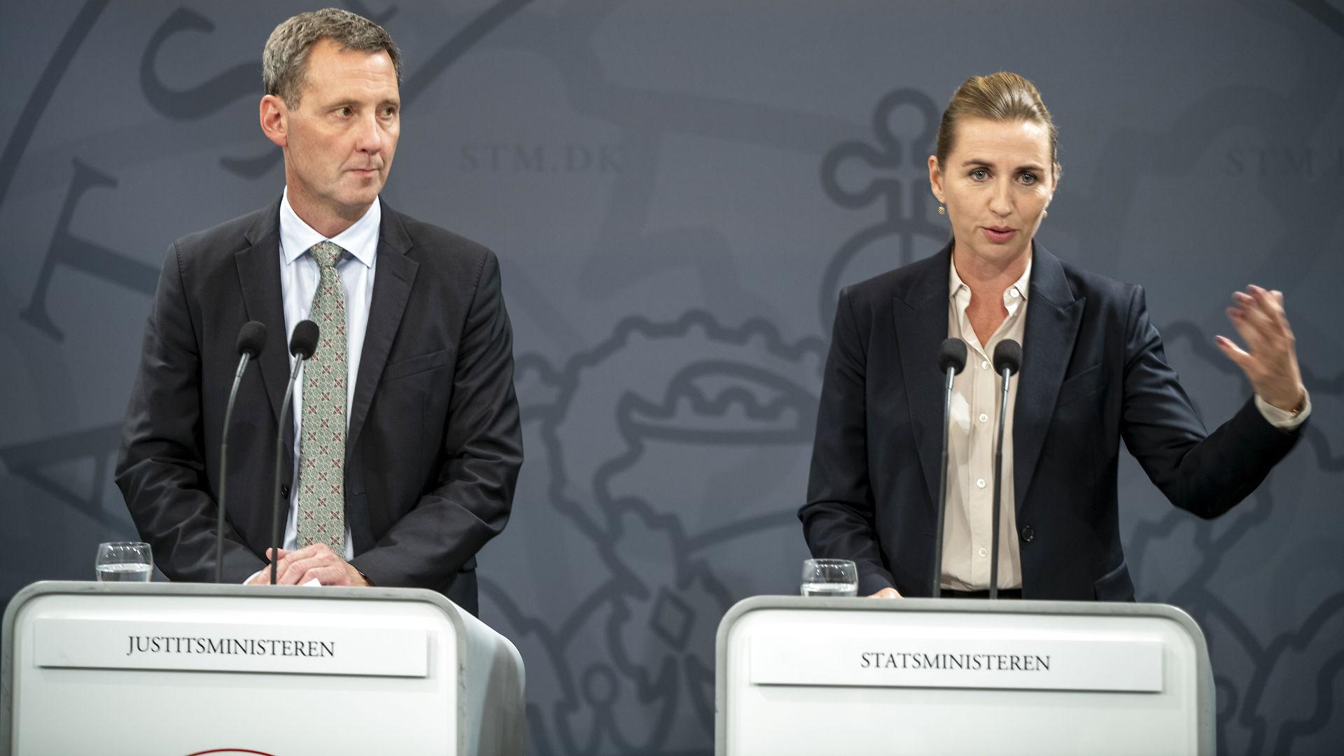Asbjørn Ammitzbøll Flügge om overvågning: Regeringen vil ofre privatlivets fred for en falsk tryghed. Det er et angreb på vores rettigheder