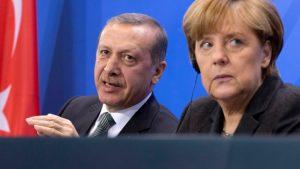 <font color=00008>Holger K. Nielsen:</font color> I det stille beder mange europæiske statsledere til, at Erdogan får sin 'sikkerhedszone'