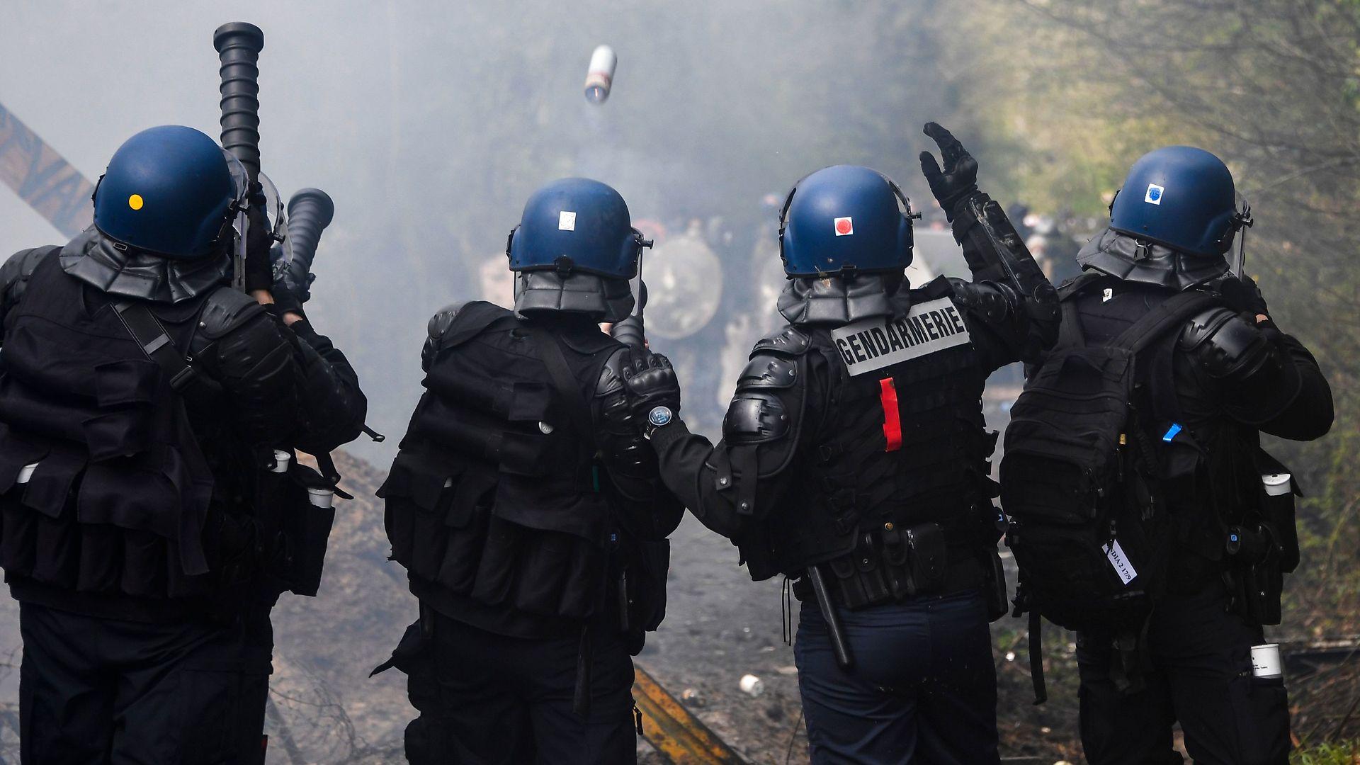 Lars Bangert Struwe: Det nye trusselsbillede kræver nye magtmidler. En mellemting mellem politi og militær – et gendarmeri – er nøglen
