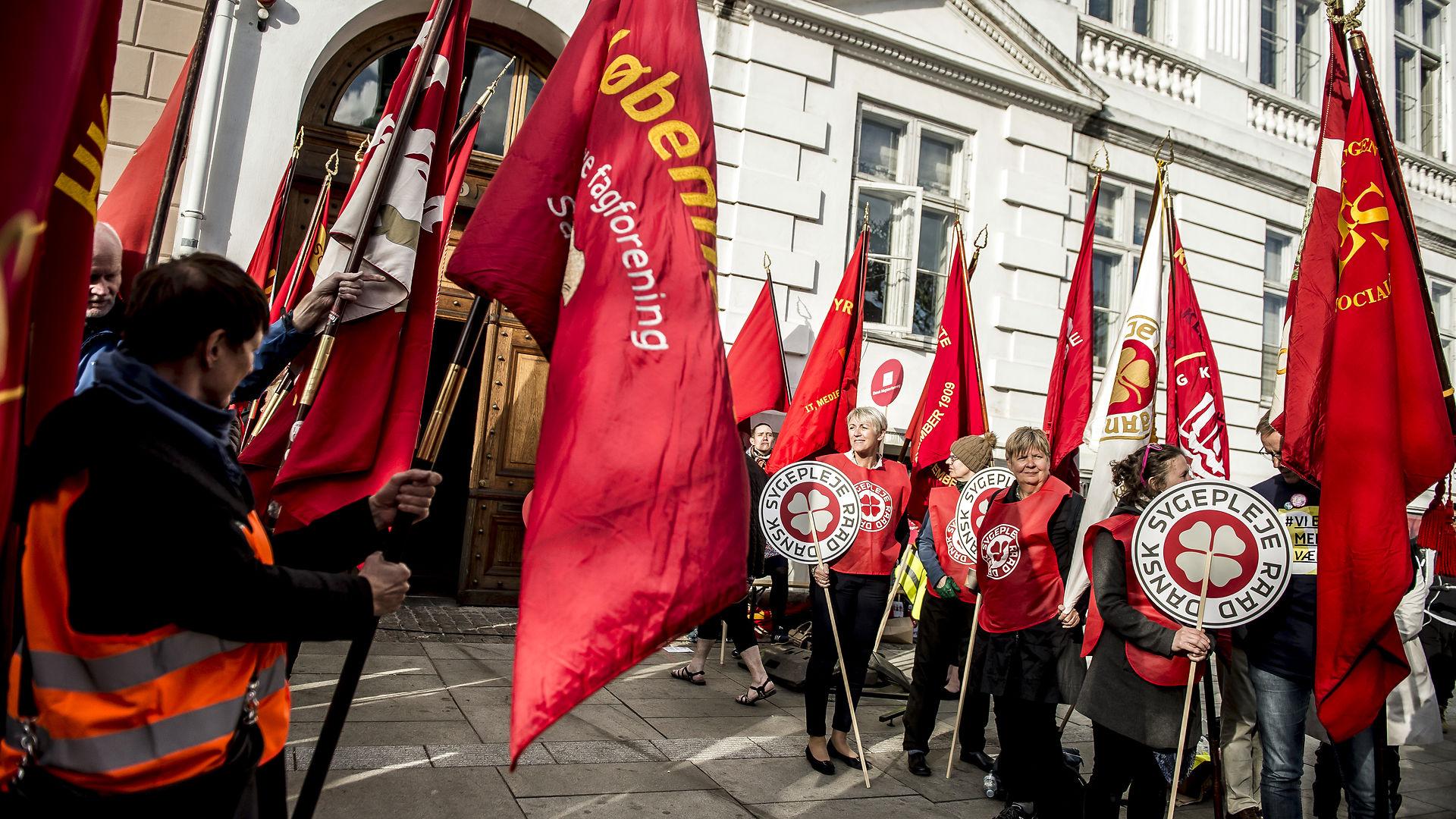 Johan Moesgaard svarer Stine Bosse: Ja, vi skal bakke op om EU. Men vi skal kæmpe for den danske model med næb og klør