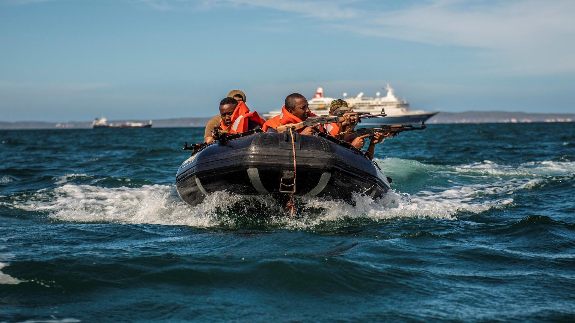 Katja Lindskov Jacobsen: Pirateri er Vestafrikas tilbagevendende problem. Det risikerer at gå ud over danske rederier. Men hvordan løser vi det?