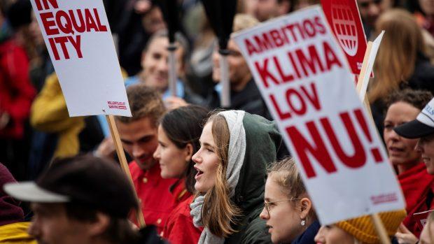 Signe Munk svarer Carolina Maier: Klimaregningen må og skal fordeles rimeligt. Ellers mister vi det brede grønne momentum