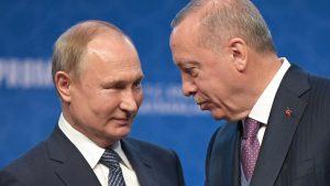 <font color=00008>Lektor Peter Seeberg:</font color> Rusland og Tyrkiet bruger Libyen til magtpolitisk ekspansion, mens EU stadig står splittet tilbage