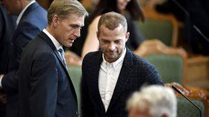 <font color=00008>Niels Jespersen:</font color> Morten Østergaard forsøger atter at sælge Kristian Thulesen Dahls bjørneskind
