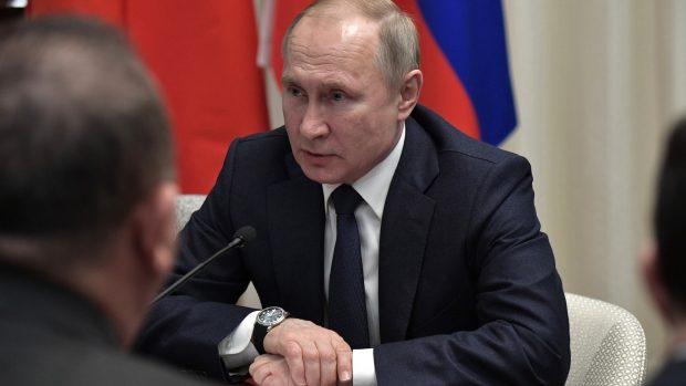 Alexander Taaning Grundholm: I Rusland ligger magten ikke i et politisk embede. Den ligger hos Putin som person – uanset hvilken post han bestrider