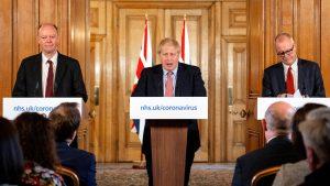 <font color=00008>Victor Hatami:</font color>  Boris Johnsons chefrådgiver Dominic Cummings har taget kontrollen over Storbritannien. Men coronakrisen kan blive hans endeligt