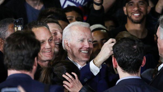 """Bjerre-Poulsen og Kurrild-Klitgaard om USA: Super Tuesday markerede """"det usynlige primærvalgs"""" genkomst og blotlagde Sanders' største problem"""
