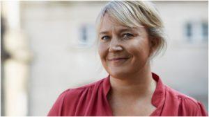 <font color=00008>Christina Egelund:</font color> Det vigtigste nu er at få både demokrati, globalisering og sundhed til at gå hånd i hånd