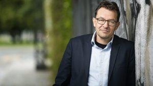 <font color=00008>Jeppe Søe: </font color>Tænk, hvis Danmark rent faktisk havde en kulturminister