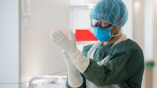 Uffe Gardel følger udviklingen #18: Epidemien er noget mere hårdnakket, end vi regner med