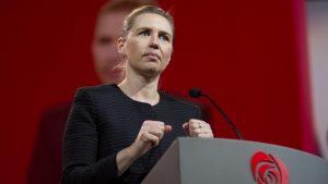 <font color=00008>Vilas Holst Jensen:</font color> Vi blev ikke spor klogere på det, vi alle sad og ventede på: Bliver Danmark åbnet igen? Og i så fald: Hvordan?