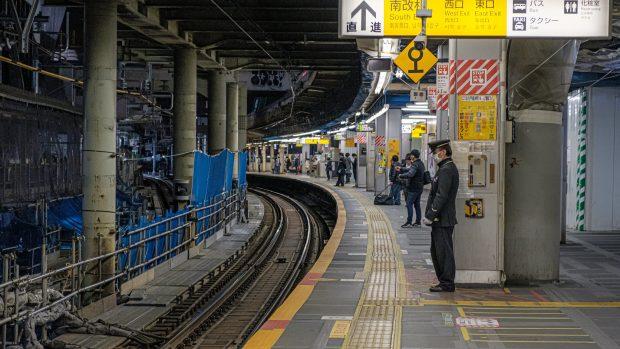"Asger Røjle rapporterer fra Japan: ""Vores samfund vil være i en slags nedlukning i flere år, og så må vi skrue op og ned"""