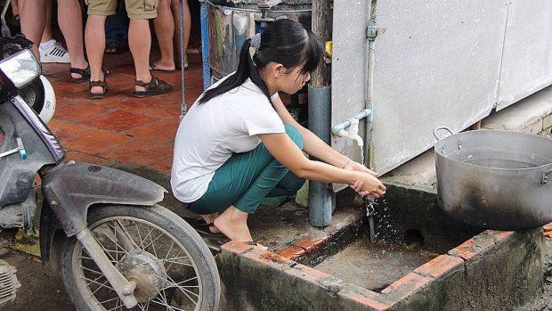 Asger Røjle om Corona i Asien #6: I mange lande i Asien er det gode råd om håndvask og sæbe lettere sagt end gjort