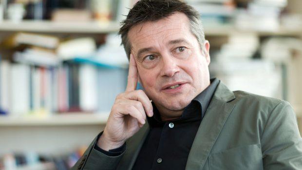 Professor Rainer Forst: Der bliver sværget til det europæiske sammenhold, men gamle fronter trækkes op og forhærder det europæiske politiske landskab. Dette lover ikke godt for den kommende verdensomspændende økonomiske krise