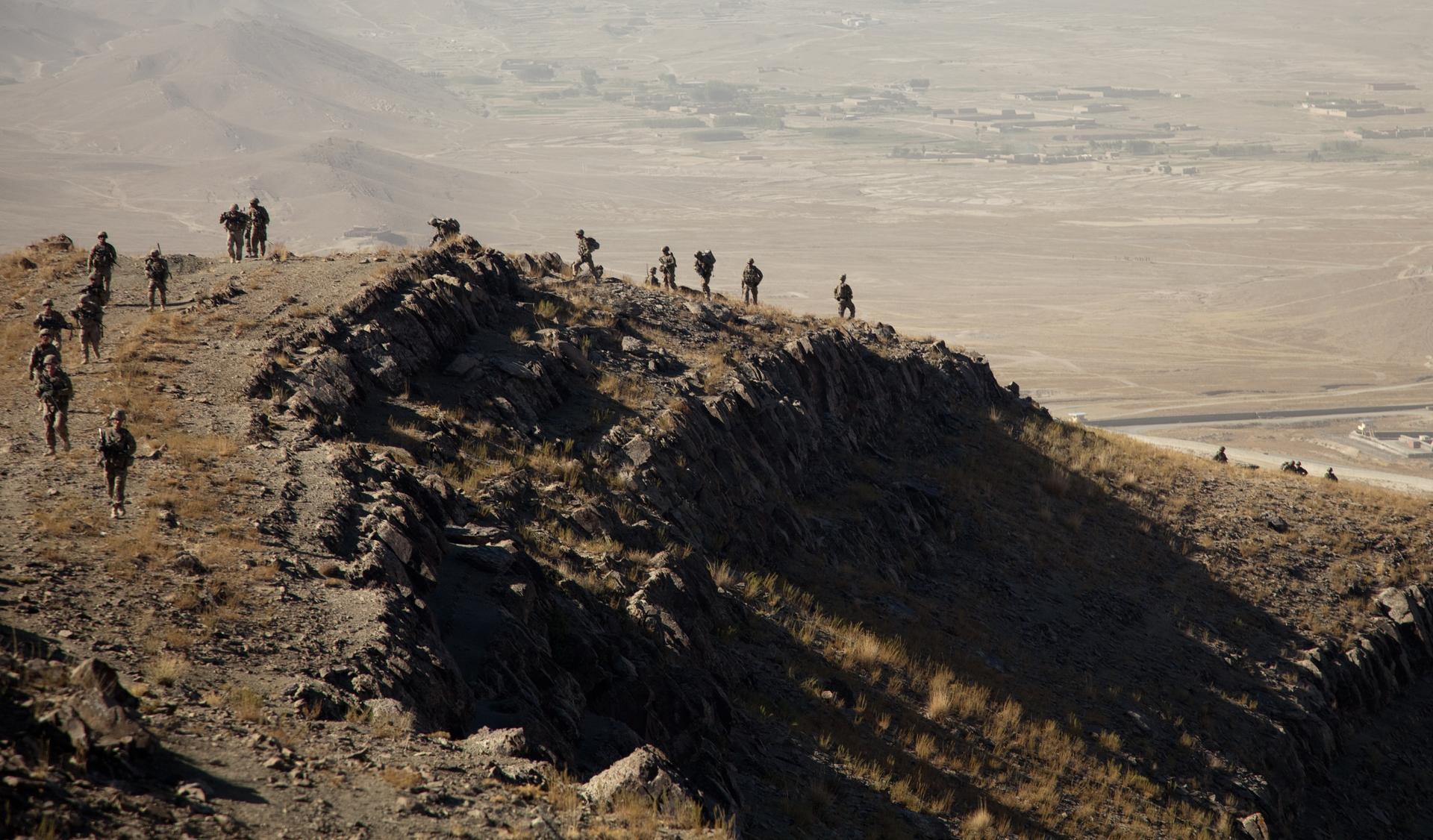 Steve Coll: Amerikansk politik kan ikke holde til en væsentlig militær tilstedeværelse i Afghanistan på ubestemt tid