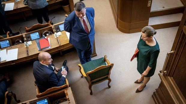 Anette R. von Benzon: Hvorfor stoppede regeringen med at slå syge minkbesætninger ned tilbage i juli?