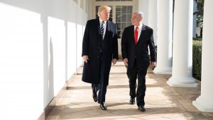 Hans Henrik Fafner om udviklingerne i Mellemøsten: Det ligner panik før lukketid for Trump