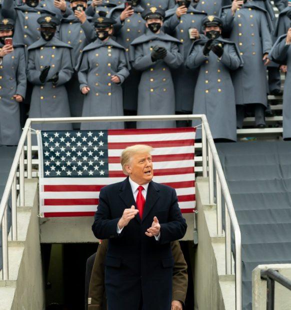 Samuel Rachlin: Trumps kapring af Amerika fortsætter ufortrødent