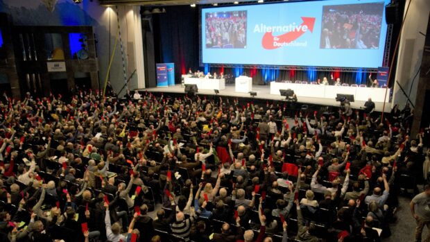 Alexander Hemstedt: Nu er AfD stemplet som højreekstremistisk af den tyske efterretningstjeneste. Men det afholder dem ikke fra succes ved valgene i år