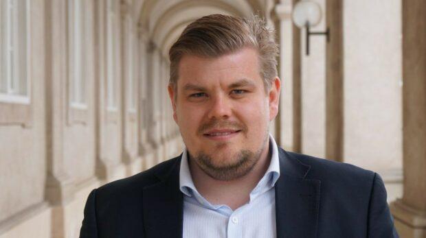 Chris Bjerknæs (DF): Vi gør os alle en bjørnetjeneste, når vi kun fokuserer på én samfundstrussel – det fik blå blok slået fast i partilederdebatten